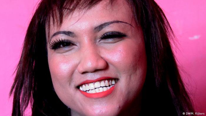 Indonesien Jakarta - Portraits LGBTQ: Bella (DW/M. Rijkers)