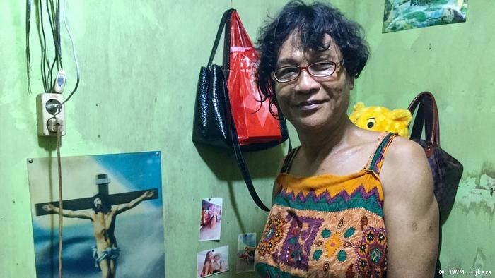 Indonesien Jakarta - Portraits LGBTQ Dian (DW/M. Rijkers)
