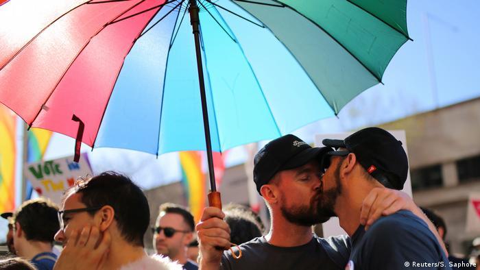 Eşcinseller Çekya'da evlenebilecek