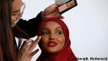 Bildergalerie Ex-Flüchtling Halima Aden wird Hijab Model in USA