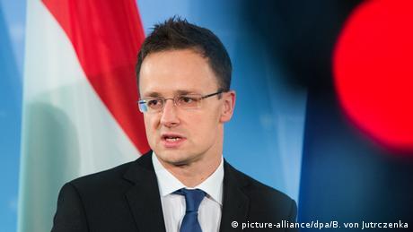 Угорщина й надалі блокуватиме співпрацю між Україною та НАТО