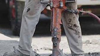 Bauarbeiter mit Preßlufthammer