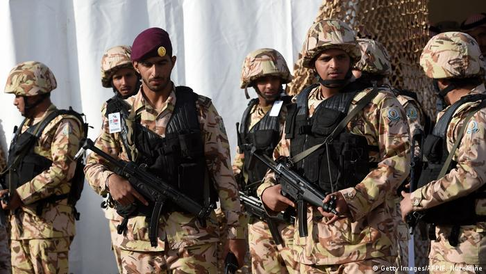 Angehörige von saudi-arabischen Spezialeinheiten bei einer Antiterror-Übung (Foto: Getty Images/AFP/F. Nureldine)