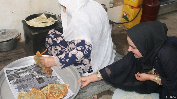 Afghanistan Flüchtlinge eröffnen Restaurant (Tanha)