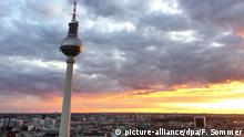 BdT | Fernsehturm in Berlin (picture-alliance/dpa/F. Sommer)