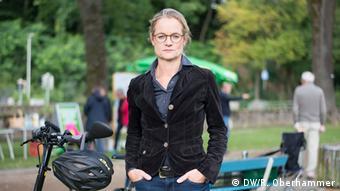 Deutschland wählt BTW-Reise B90/Die Grünen Viola von Cramon beim Wahlkampf in Osterode