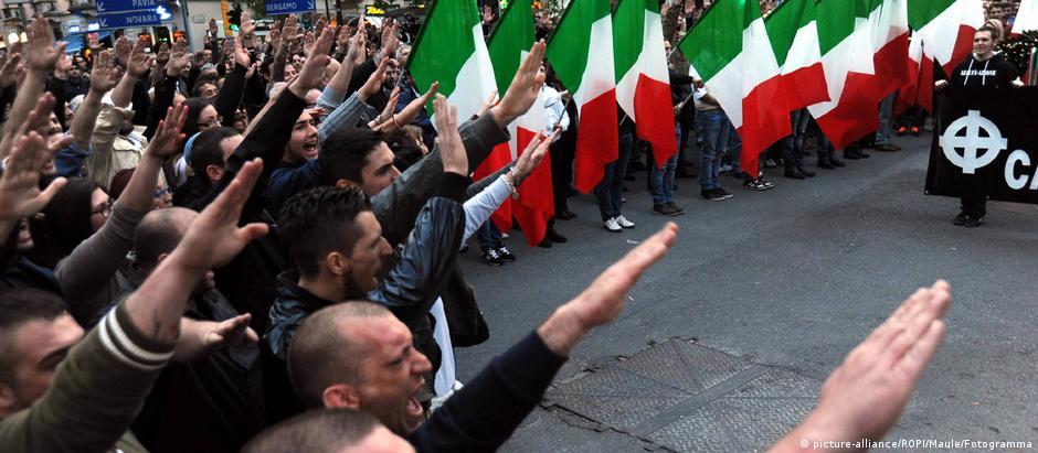 Manifestação neonazista em Milão em 2014