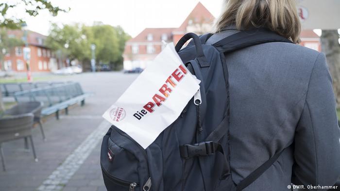 Deutschland wählt BTW-Reise Die PARTEI in Frankfurt/Oder (DW/R. Oberhammer)