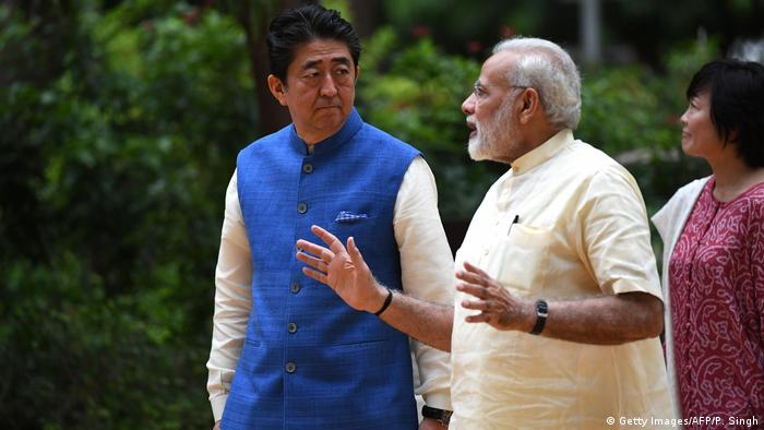Indien Ahmadabad Besuch Shinzo Abe (Getty Images/AFP/P. Singh)