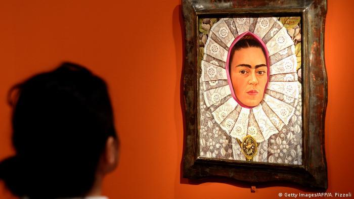 Frida Kahlo Portät (Getty Images/AFP/A. Pizzoli)