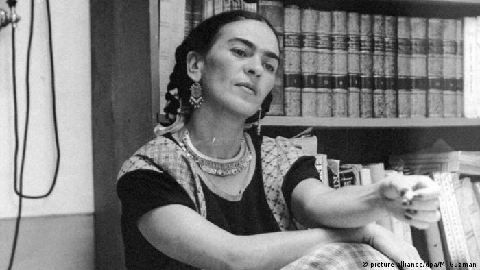 Frida Kahlo Portät (picture-alliance/dpa/M. Guzman)