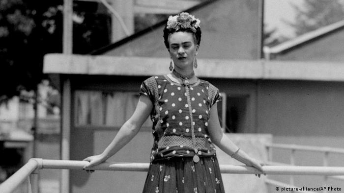 Frida Kahlo Porträt von 1939 (picture-alliance/AP Photo)