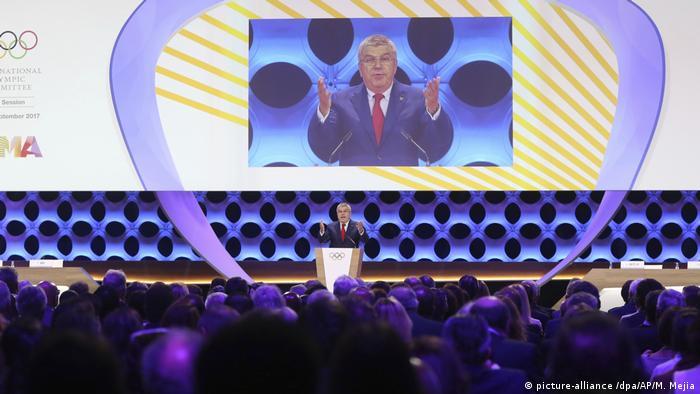 Los Juegos Olímpicos y Paralímpicos de 2024 se realizarán en París y los de 2028 en Los Angeles, confirmó oficialmente el Comité Olímpico Internacional (COI) en una histórica sesión en Lima. 13.09.2017