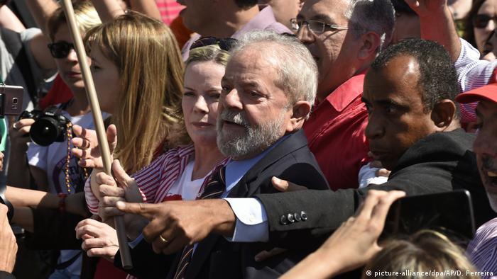 Brasilien Luiz Inacio Lula da Silva (picture-alliance/dpa/AP/D. Ferreira)