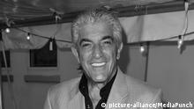 FORT LAUDERDALE, FL - JANUARY 08: Frank Vincent arrives at the screening of Genus On Hold at Cinema Paradiso. GENIUS ON HOLD is a documentary film narrated by Frank Vincent (Goodfellas, Casino, Raging Bull) that tells the epic story of Walter L. Shaw, an engineering genius who, more than half a century ago, invented technology that transformed the rudimentary telephone system of the 1950's into the foundation of today's cutting edge global telecommunications industry. AT&T held a stranglehold monopoly. on January 8, 2009 in Fort Lauderdale, Florida. Credit: mpi122/MediaPunch |