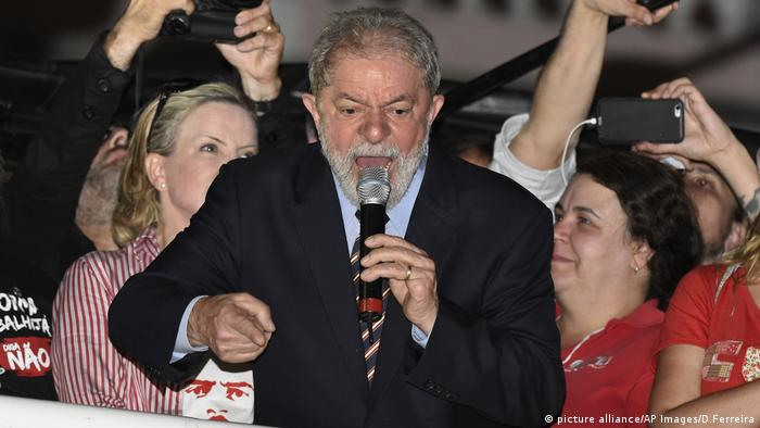 Brasilien Korruption Luiz Inacio Lula (picture alliance/AP Images/D.Ferreira)