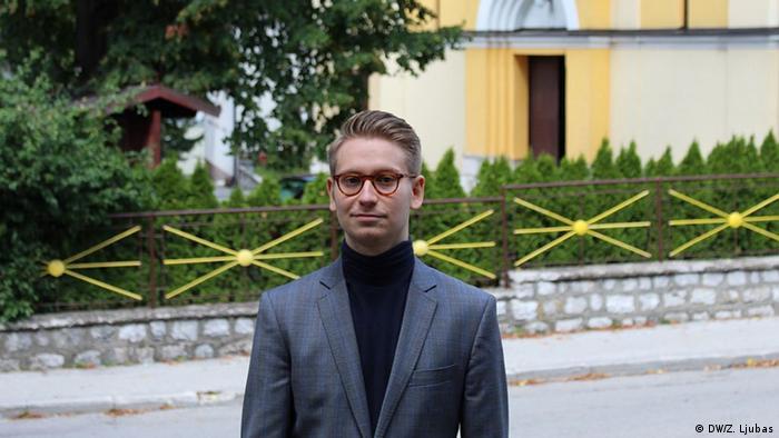 Bosnien Herzegowina Musikfestival in Vares Bas Jongen (DW/Z. Ljubas)