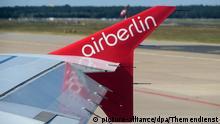 Das Logo der Fluggesellschaft Air Berlin, aufgenommen am 04.09.2017 auf der Tragflaeche eines Flugzeuges in Berlin. Foto: Andrea Warnecke | Verwendung weltweit