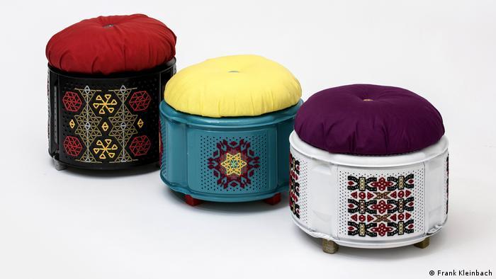 Пуфики из барабанов стиральной машины