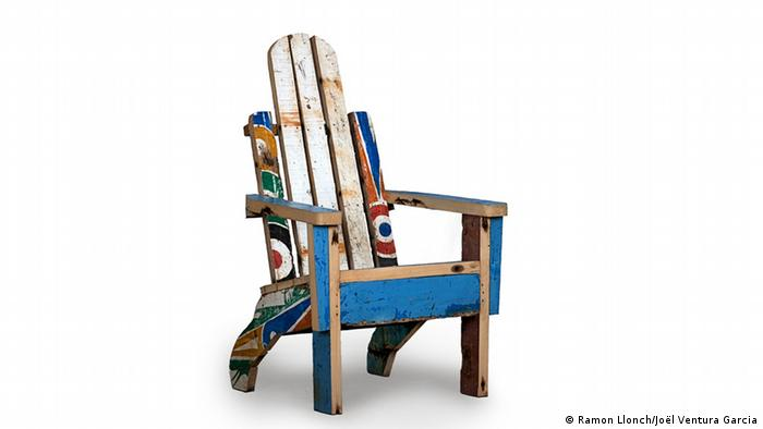 Кресло из утилизованных пирог