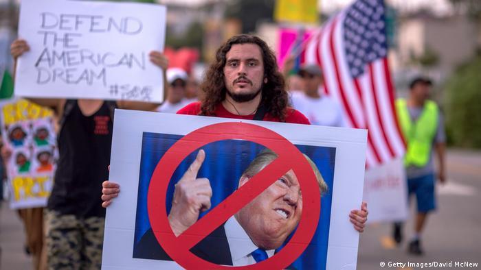 USA | Tausende Menschen protestieren in LA gegen Trumps DACA-Pläne (Getty Images/David McNew)