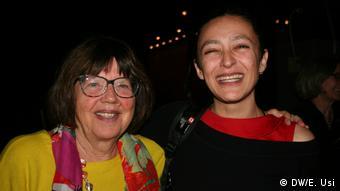 Deutschland   Internationales Literaturfestival Berlin ilb   Schriftstellerin Lina Meruane aus Chile mit der Literaturwissenschaftlerin, Verlagslektorin und Herausgeberin Michi Strausfeld