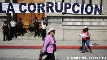 14.09.2017+++ A woman takes part in an anticorruption protest in Guatemala City, Guatemala, September 14, 2017. REUTERS/Luis Echeverria
