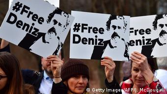 Demonstration für Deniz Yücel in Berlin (Archivbild) (Getty Images/AFP/J. McDougall)