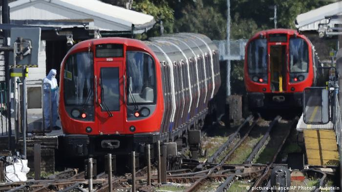 London Explosion in Bahn der Underground (picture-alliance/AP Photo/F. Augstein)
