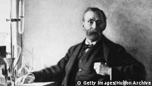 Alfred Nobel Portrait (Getty Images/Hulton Archive)