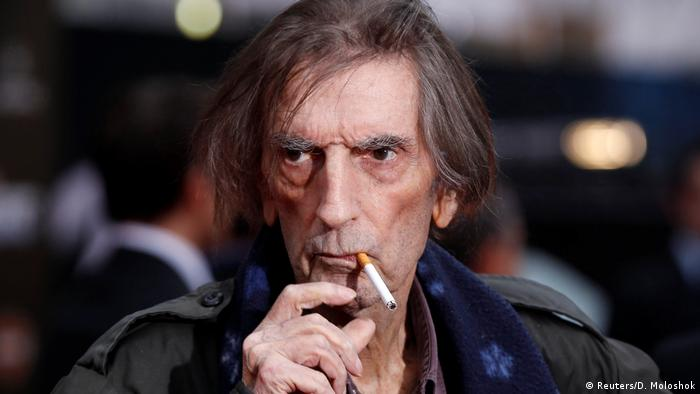 USA - Harry Dean Stanton bei Dreharbeiten zu Marvel's The Avengers in Hollywood, California (Reuters/D. Moloshok)
