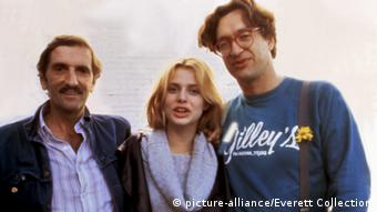 Harry Dean Stanton, Nastassia Kinski und Regisseur Wim Wenders 1984 (picture-alliance/Everett Collection)