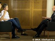 Голова Соціал-демократичної партії Німеччини та кандидат у кацлери ФРН від цієї політсили Мартін Шульц (п) дає інтерв'ю DW