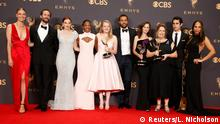 17.09.2017+++ 69th Primetime Emmy Awards – Photo Room – Los Angeles, California, U.S., 17/09/2017 - The cast of The Handmaid's Tale poses with the Emmy for Outstanding Drama Series. REUTERS/Lucy Nicholson