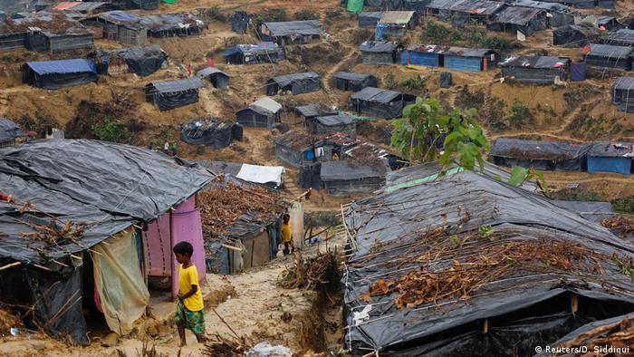 Acampamento de refugiados rohingya em Myanmar
