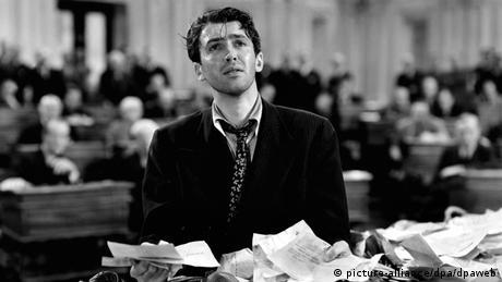 Filmstill aus Mr. Smith geht nach Washington mit James Stewart (Foto: picture-alliance/dpa/dpaweb)