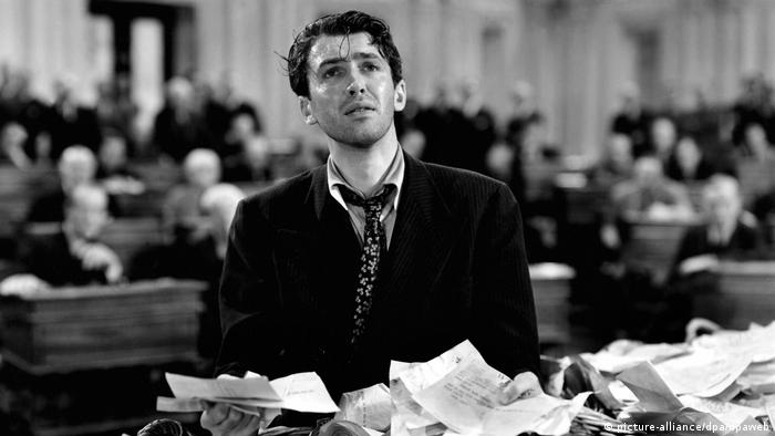 James Stewart starred as Jefferson Smith in the 1939 Academy Award-winning film Mr. Smith Goes to Washington (picture-alliance/dpa/dpaweb)