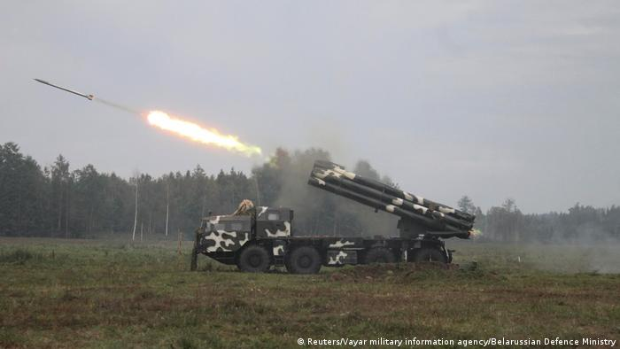 Реактивная система залпового огня на учениях Запад-2017 в Беларуси
