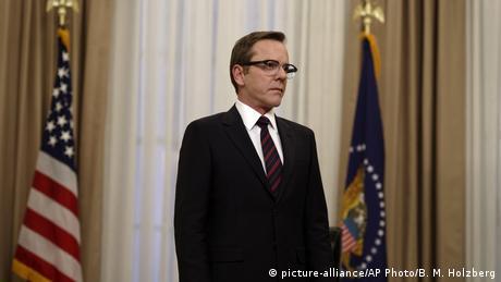 Still aus Designated Survivor mit Kiefer Sutherland als Politiker (Foto: picture-alliance/AP Photo/B. M. Holzberg)