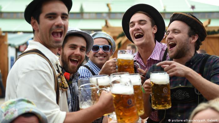 Deutschland BdT Oktoberfest in München (picture-alliance/dpa/A. Gebert)