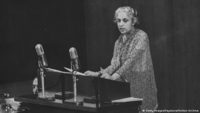 Vijaya Lakshmi Pandit foi primeira de três mulheres a presidirem o debate geral da ONU