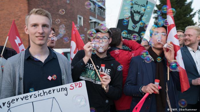 Resultado de imagen para jovenes votando en alemania