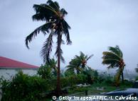 """У Гваделупі готуються до урагану """"Марія"""""""