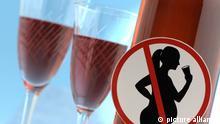 Symbolbild Schwangere trinkt Alkohol