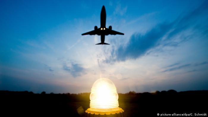 Zrakoplov, zalazak sunca
