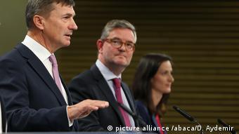 Andrus Ansip speaks in Brussels