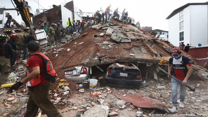 Todo Sobre El Terremoto En Mexico Minuto A Minuto America Latina Dw 19 09 2017