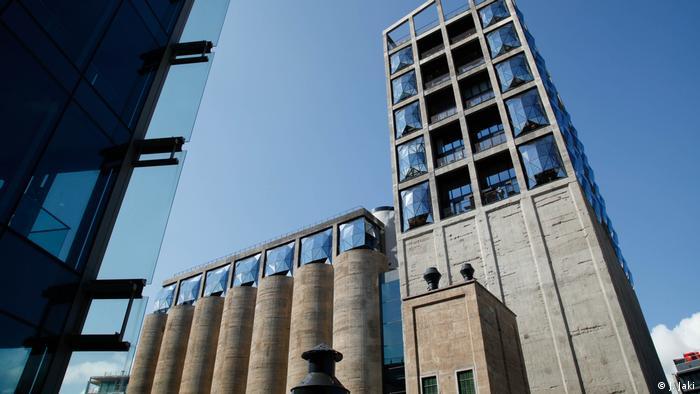 Das Afrika Zeitz Museum of Contemporary Art Africa (MOCAA) in Kapstadt von außen (Foto: J. Jaki)