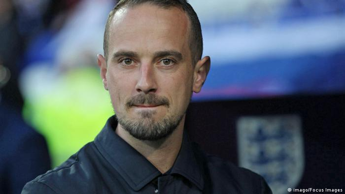 Women in Football accuses FA of ignoring warnings over Mark Sampson's behaviour