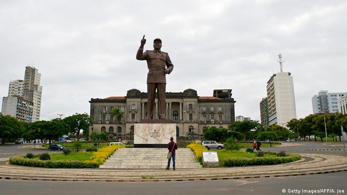 Mosambik Samora Moises Machel-Statue im Maputo